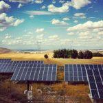 Placas solares en Belinchon, Castilla-La Mancha, España. Foto de alfre32.