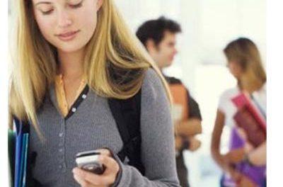 Los comercios granadinos saltan a la telefonía móvil
