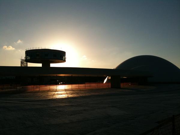 Cuenta atrás para la apertura del Centro Cultural Internacional Oscar Niemeyer de Asturias