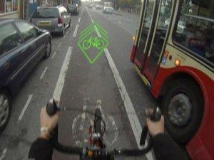 Proyector láser para bicicletas para prevenir accidentes