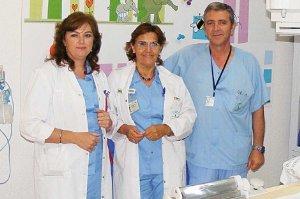 Una enfermera cordobesa crea una mejora para administrar contrastes a bebés