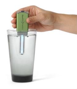 Inventan un purificador de agua de bolsillo USB