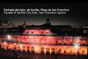 Impresionante espectáculo audiovisual de Navidad en la fachada del Ayto. de Sevilla