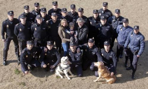 El Primer Calendario Benéfico de la Policía Nacional para ayudar a Adrián