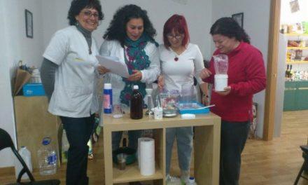 Taller de cosmética natural y jabones artesanos y terapeúticos en Granada