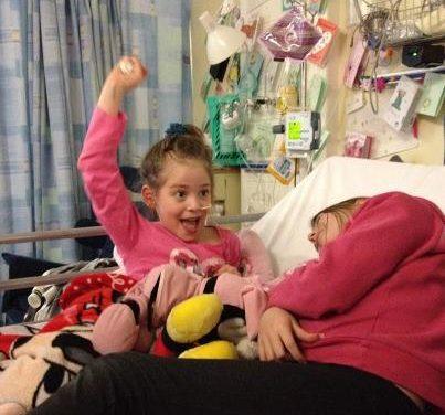 La canción Rolling in the deep de Adele, ayuda a despertar del coma a una niña Británica de 7 años.