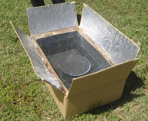 Hornos solares de aluminio y cartón