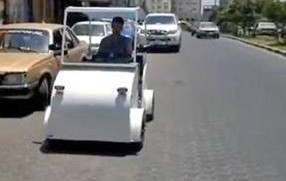 Un taxista Palestino construye su propio taxi eléctrico