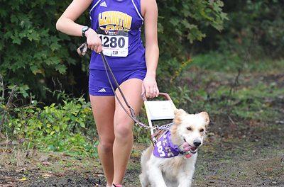 Recupera su pasión por correr gracias a su perro guía