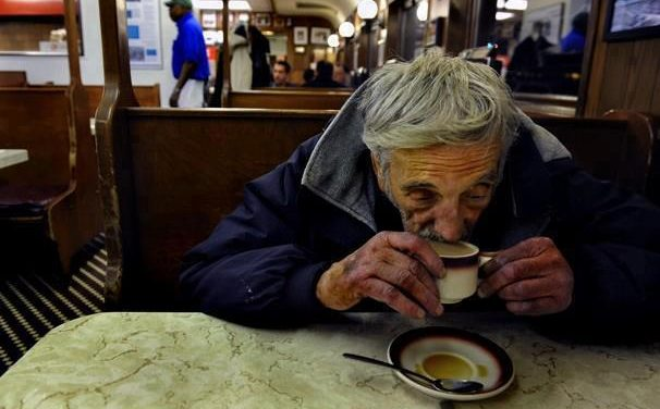 ¡Deja un café pendiente!
