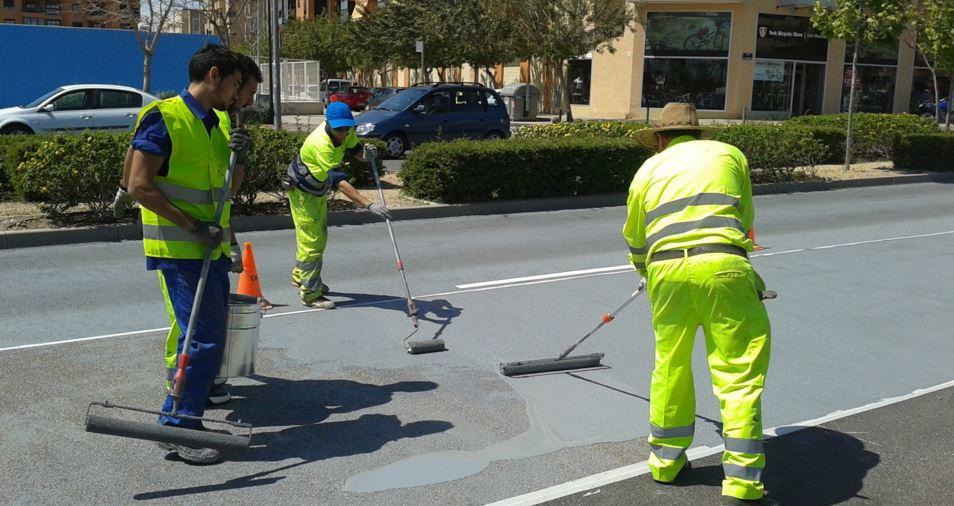 Desarrollan un producto para mejorar la adherencia de los vehículos en tramos peligrosos
