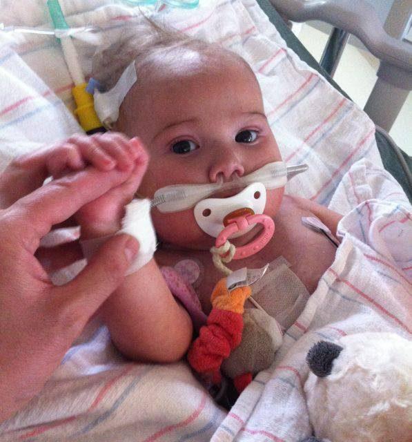 Operan con éxito a una niña de 9 meses gracias a la generosidad anónima
