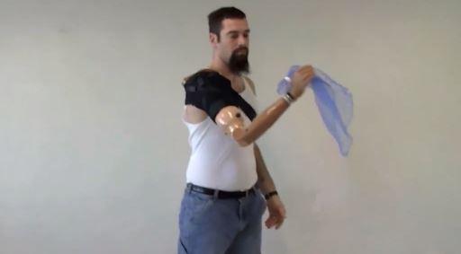 Crean un brazo biónico que se mueve con el pensamiento