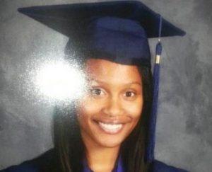 Chelesa Fearce tiene 17 años y ha terminado el instituto como la mejor alumna de su promoción.