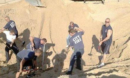 Rescatan en Indiana (EEUU) a un niño que quedó tres horas sepultado en una duna