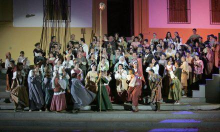 Paseos guiados durante la representación de la obra de Fuenteovejuna