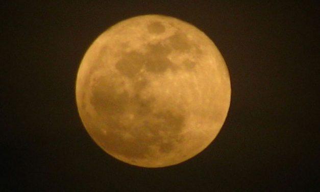 La Luna de la Cosecha