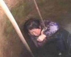 Rescatan con vida a una mujer que estuvo atrapada en un pozo durante 15 días