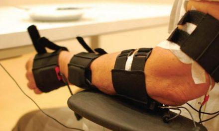 Desarrollan robots que reducen los temblores del párkinson