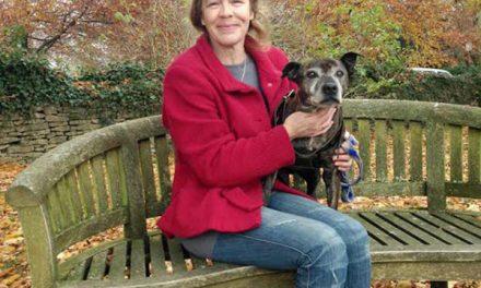 La mujer que encontró a su perrita 9 años después de perderla