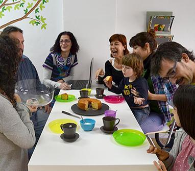 Primer coworking con co-baby para emprendedoras y profesionales en Málaga