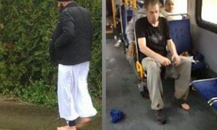 Joven da sus propios zapatos a un hombre sin techo y sale del autobús descalzo