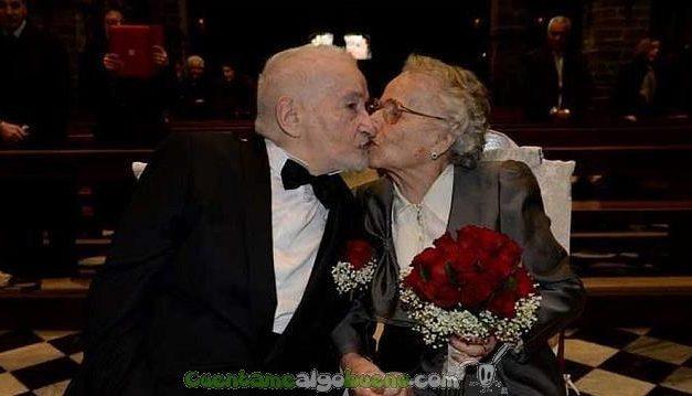 Ex-novios se rencuentran en Facebook y se casan… ¡70 años después!