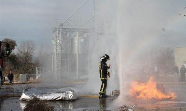 Una empresa cordobesa crea un sistema que crea una pantalla de agua que protege de llamas y humo