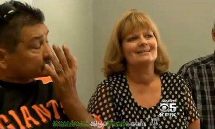 Donó los órganos de su hijo y años después la familia receptora le salva la vida al donarle un riñón.