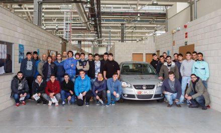 Conociendo el coche de hidrógeno de la UPNA