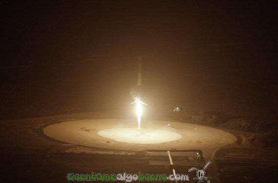 Revolucionario aterrizaje vertical de un cohete