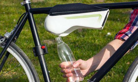 Botella que autogenera agua de la nada