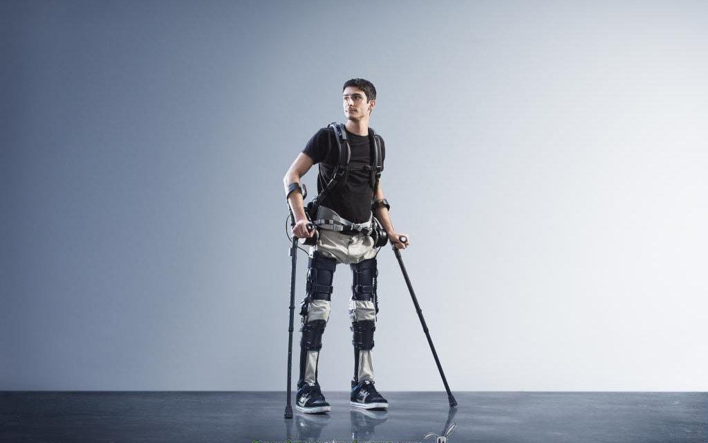 Exoesqueleto robótico asequible y adaptable