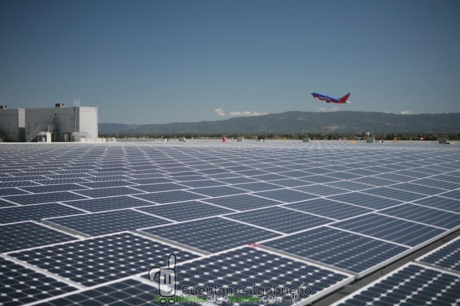 El primer aeropuerto alimentado 100% con energía solar está en India