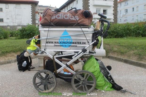 El carrito que usa Charlie en su viaje.