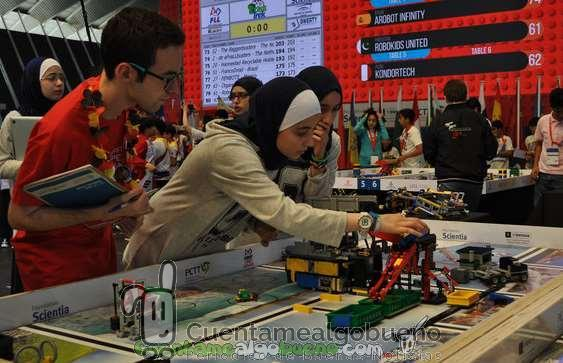 Robots y reciclaje en First Lego League