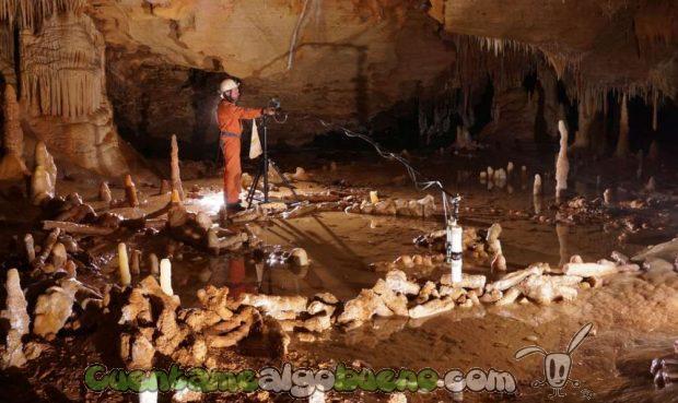 20160607-3-estructuras-neandertales-cueva-subterranea-de-Francia