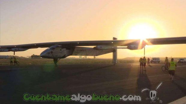 20160624-2-el-avion-solar-impulse-ii-aterriza-en-sevilla2