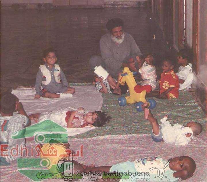 20160719-3-Abdul-Sattar-Edhi-una-vida-ayudando-a-los-demas-2
