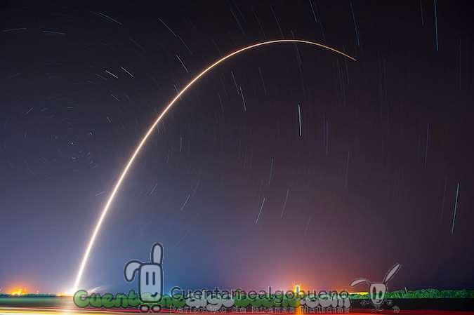 SpaceX logra aterriza su cohete Falcon 9 en Cabo Cañaveral