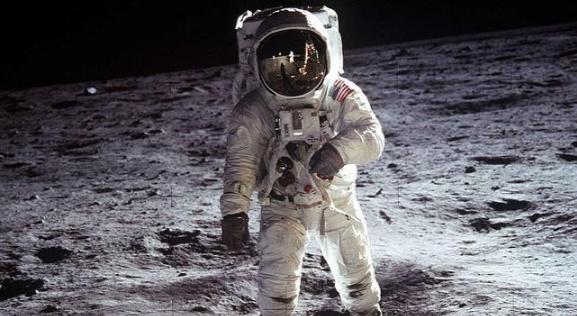 Minería lunar, la nueva forma de explotación del satélite terrestre