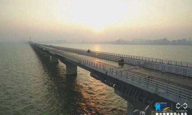 Conectan el puente marítimo más largo del mundo