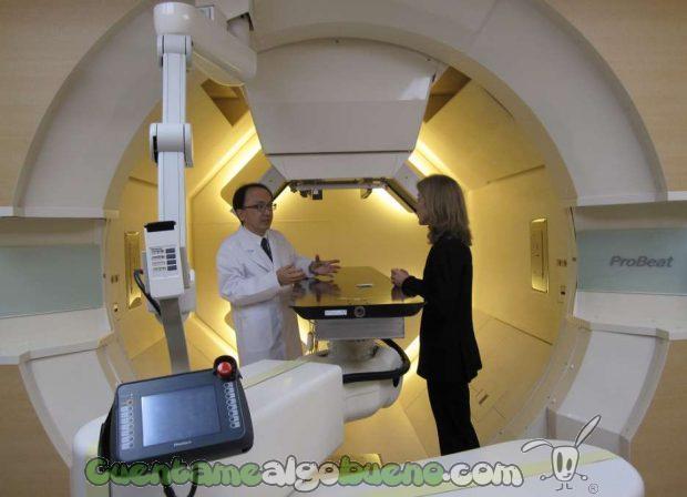 Una máquina de hadronterapia en el Proton Beam Therapy Center de la Universidad de Hokkaido (Japón) Foto: Embajada U.S.