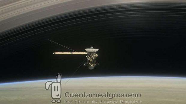 Cassini entre Saturno y los anillos. Foto: NASA/JPL-Caltech.
