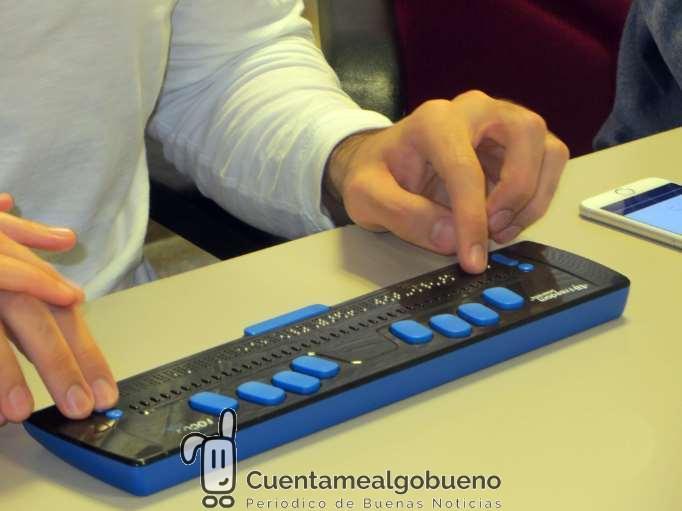 Un 'software' facilita el acceso a los contenidos de televisión a personas sordociegas