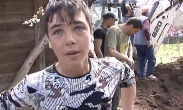La historia del niño que se ofreció voluntario para salvar a otro que había caído en un pozo