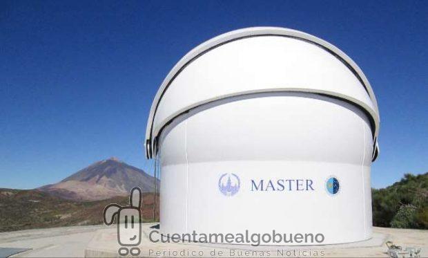 El telescopio robótico MASTER-IAC en el Observatorio del Teide (Izaña, Tenerife), utilizado en la observación de rayos gamma GRB160625B. Crédito: MASTER.
