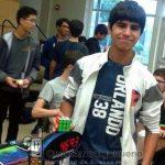 Un adolescente consigue el nuevo récord mundial de Cubo de Rubik