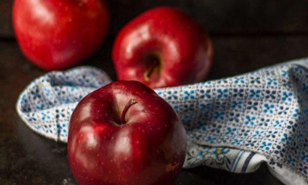 Cómo lavar frutas y verduras para deshacernos de pesticidas y poder comerlas con piel