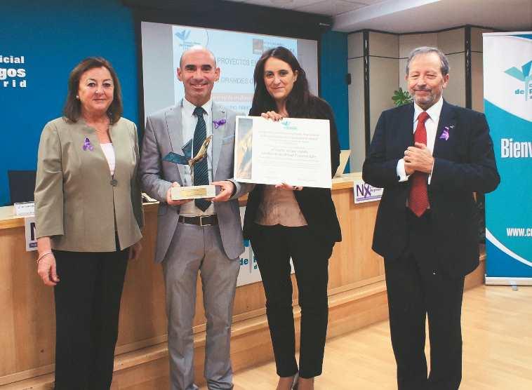 Entrega del Premio del Colegio de Psicologos de Madrid